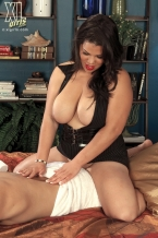 Cock Massaging By Woman Spyce