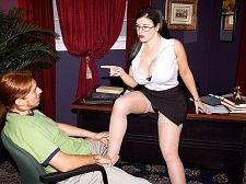 Daphne Rosen Copulates Her Employee