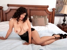 Stripping Is Pleasure According To Kalila